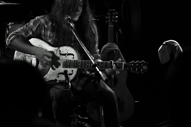 O.E. Gallagher (solo) live at Adm, Tokyo, 15 Oct 2014. 019