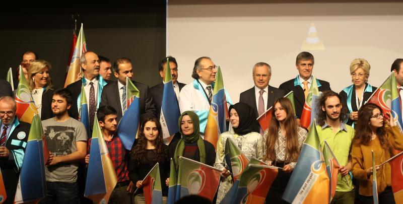 """Üsküdar Üniversitesi gençlere """"Bağımsızlık"""" Çağrısı Yapıyor"""