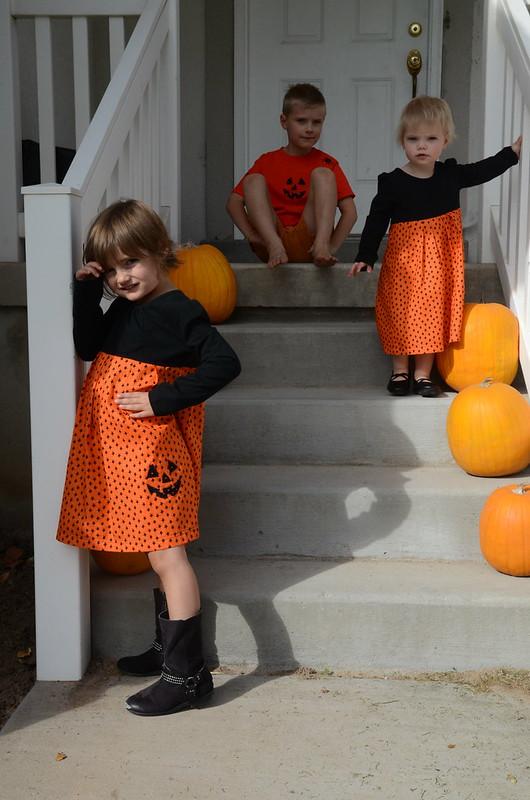 2014-10-18-KidsHlloweenDressShirt-13