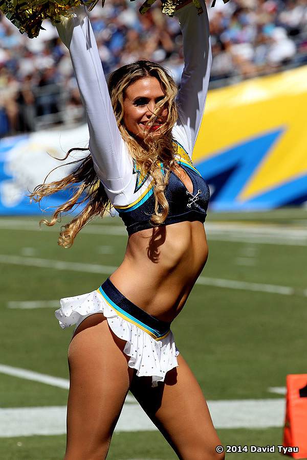 Only Half Good The Jaguars Vs The Chargers The Hottest