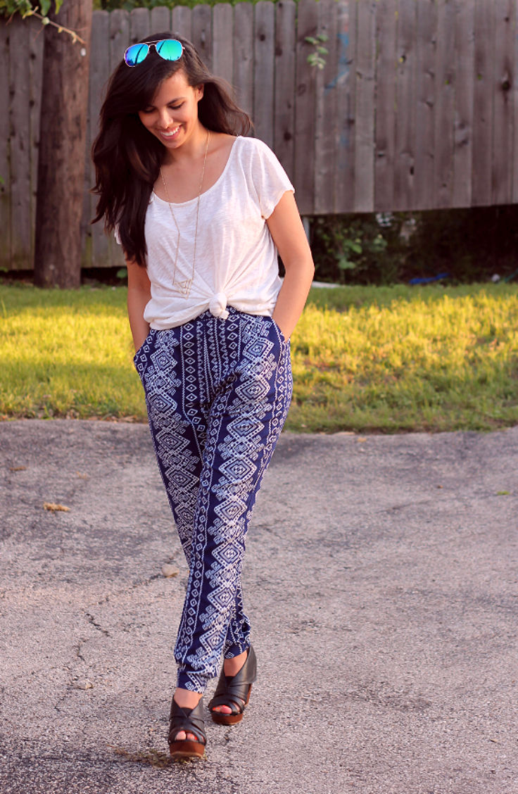 printed casual pants, austin texas style blogger, austin fashion blogger, austin texas fashion blog