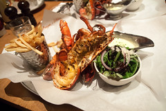 Burger and Lobster - 02