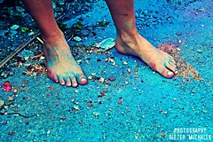 holi feet