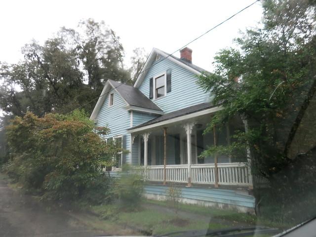 IMG_3006 2014-09-29 Oliver GA Oliver's blue house