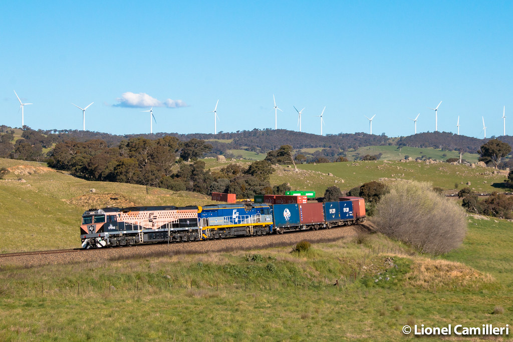 Trotting the Cullerin Ranges by LC501