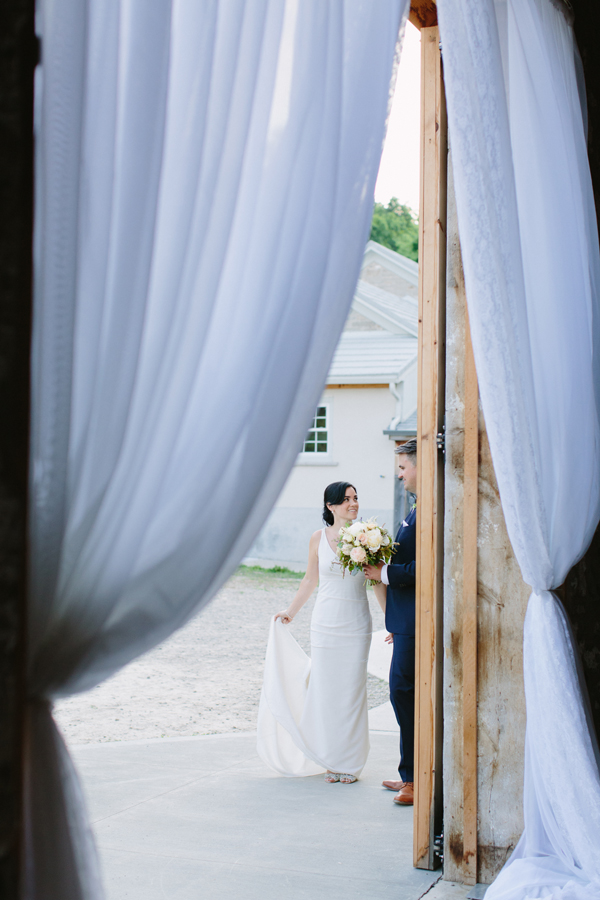 Celine Kim Photography Slit Barn Cambridge Ontario wedding photographer-69