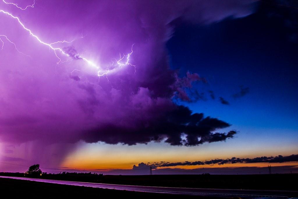100114 - Thunderstorms Northeast of Minden Nebraska!