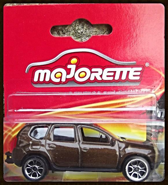 N°225A Dacia duster. 15433870636_cc189da0d5_z