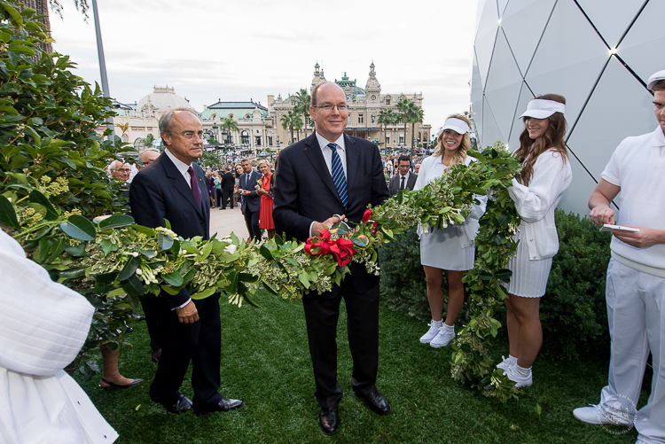 Prince Albert cuts the ribbon marking the inauguration of the Pavillions de Monte Carlo
