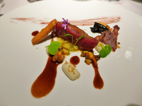 Martin Berasategui pigeon with truffle tubers