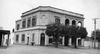 Kentish Arms Hotel, Stanley Street, North Adelaide, 1941