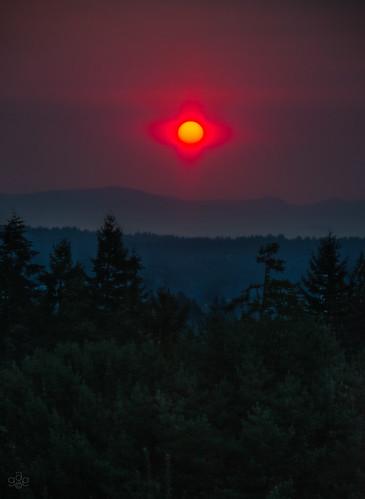 red summer oregon fire unitedstates fav50 smoke beaverton fav20 forestfire fav30 fav10 fav40