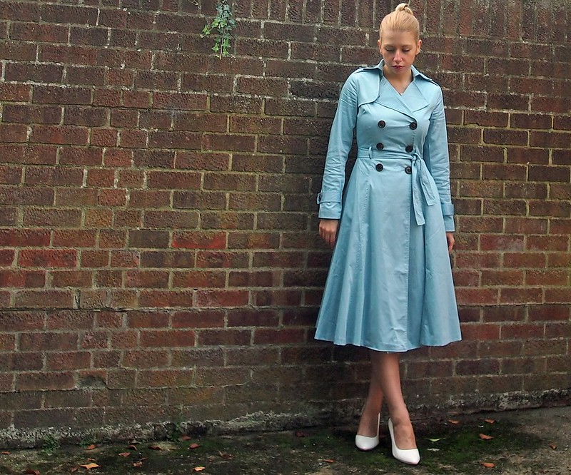 Midi Trench Coat, Baby Blue, Pastel, Collectif, Vintage, Mac, A-Line, '50s, '60s, How to Wear, Styling Inspiration, Outfit Ideas, Sam Muses, UK Fashion Blog, London Style Blogger