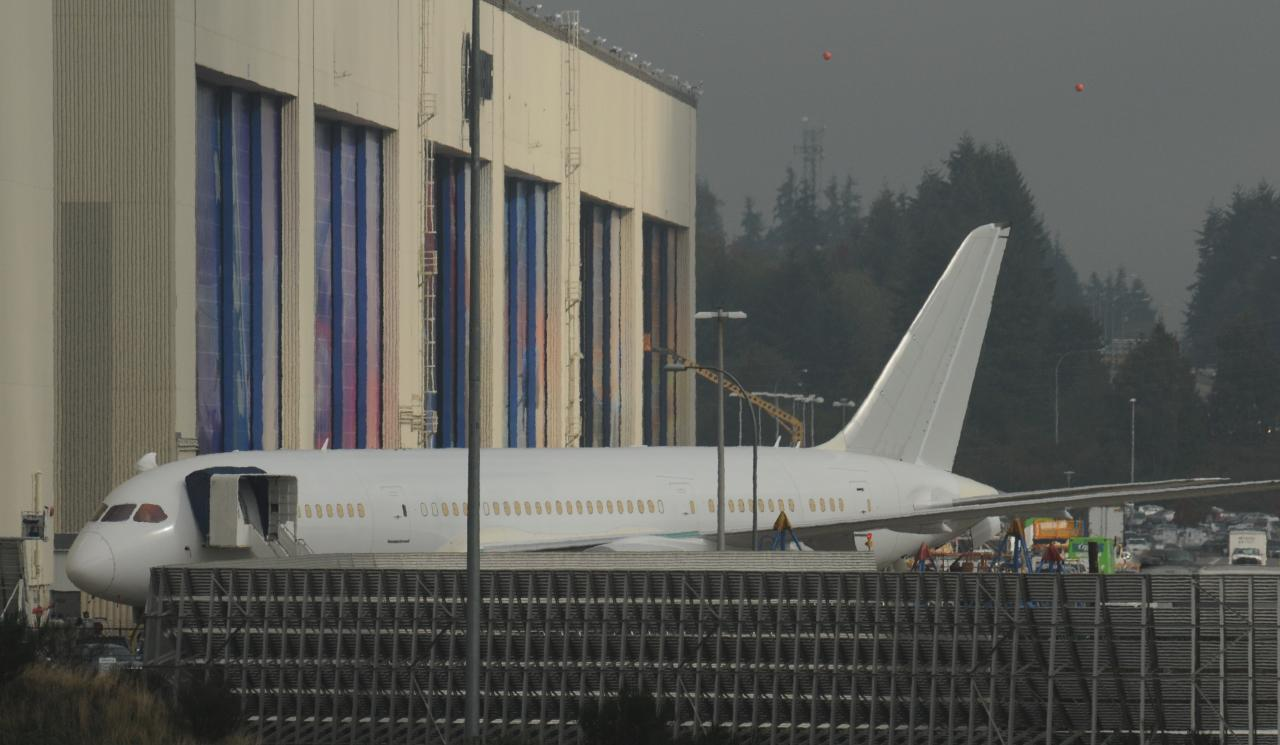 Around KPAE 10-7-14 (in the fog)