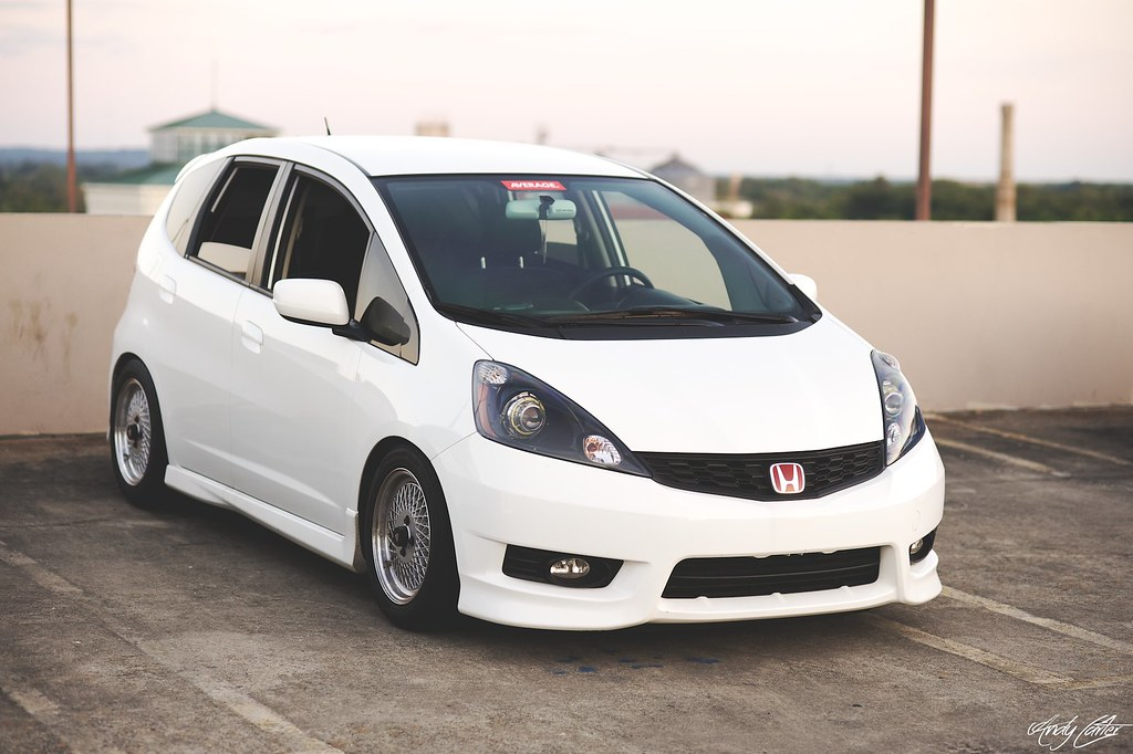 Biggest Little Car in the World  2015 Honda Fit  Dashing Dad