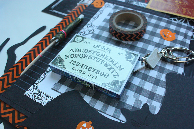 Halloween stationery giveaway