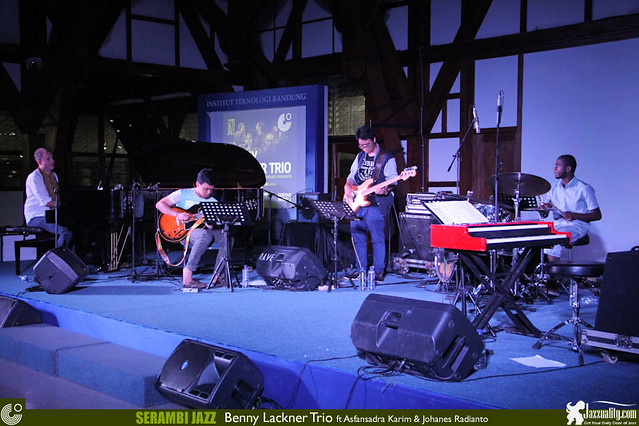 Serambi Jazz 2014-BennyLacknerTrio (18)