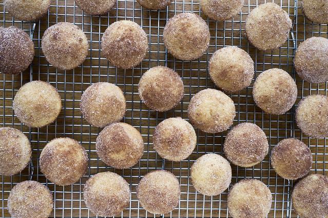 mini cider doughnut muffins