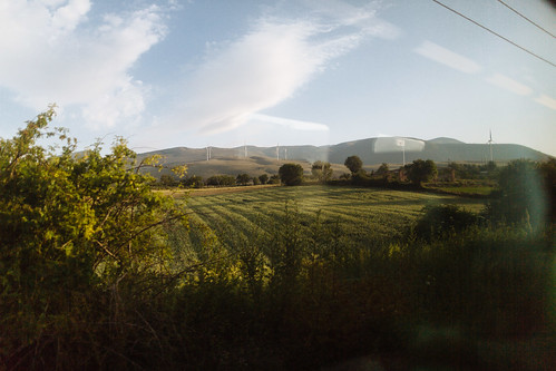 morning travel italy sun travelling field june train sunrise iso100 windmills it f16 24mm abruzzo laquila 2014 appenines ••• ‒1ev ef24mmf14liiusm ¹⁄₃₂₀₀secatf16 stradastatale5