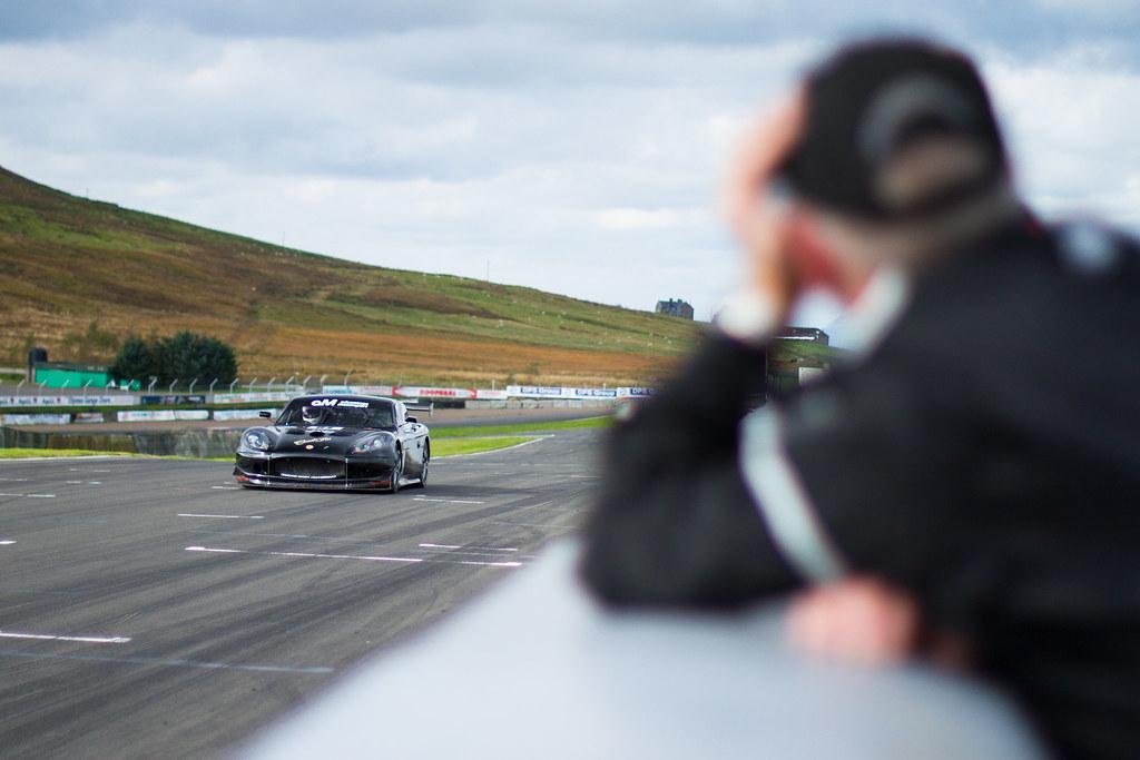 Akre Motorsport, a ginetta at knockhill race ciruit scotland