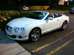 automobile(1.0), automotive exterior(1.0), bentley continental supersports(1.0), wheel(1.0), vehicle(1.0), automotive design(1.0), bentley continental gtc(1.0), rim(1.0), bentley continental gt(1.0), bumper(1.0), personal luxury car(1.0), land vehicle(1.0), luxury vehicle(1.0), bentley(1.0), coupã©(1.0), convertible(1.0),