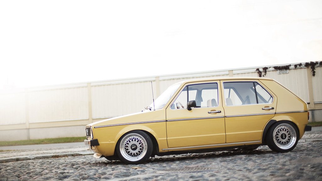 Tiku: VW Mk1 golf 5D 15414372715_8bb13cf510_b