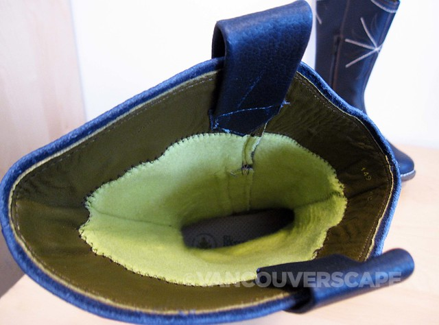 El Naturalista Yggdrasil boot-6