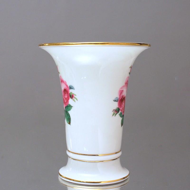 meissen trichtervase rote rosen vase rosa rose 17 cm trompetenvase gold ebay. Black Bedroom Furniture Sets. Home Design Ideas