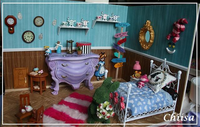 Dollhouse et Diorama de Chiisa - Photos diorama Alice (p7) - Page 5 15540759135_7a5c1fe915_z