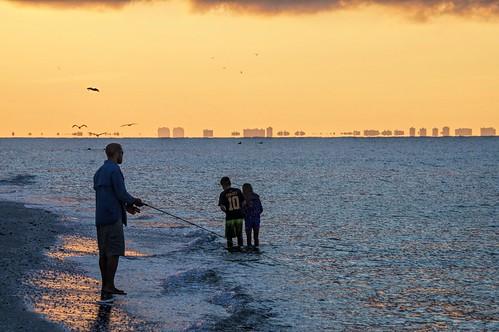 gulfofmexico skyline sunrise florida sanibel sanibelisland leecounty gulfcoast fortmyers floridagulf barrierisland eastgulf