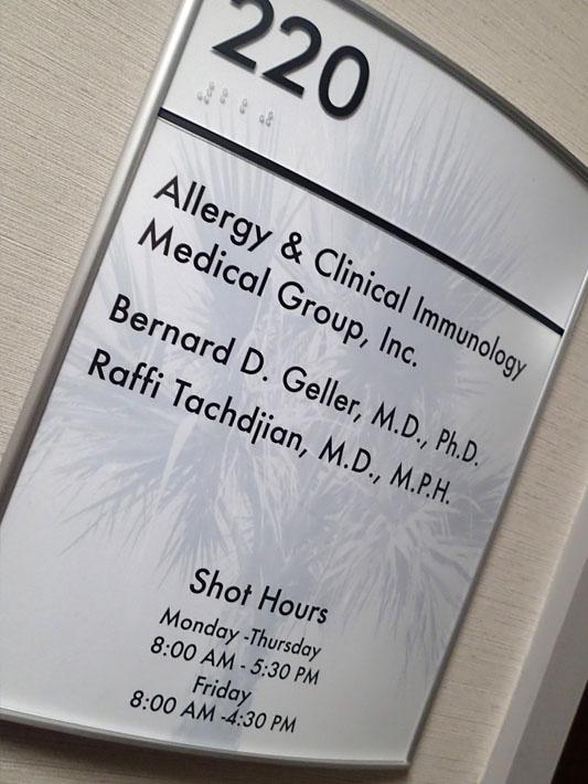 080214_allergist01