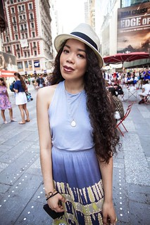 Times_Square_thestyleboro_midi_dress_nyc_streetstyle_gypsy05_aritzia_Madewell_sightseer_sandal_la_soula_spring_summer_fashion_0002
