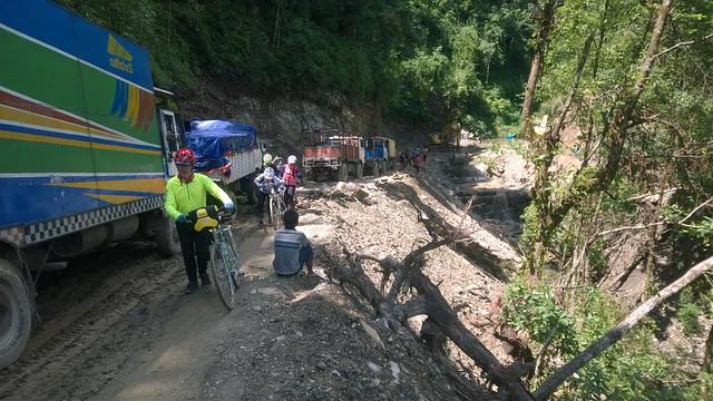 Andy, Arniko Highway landslide