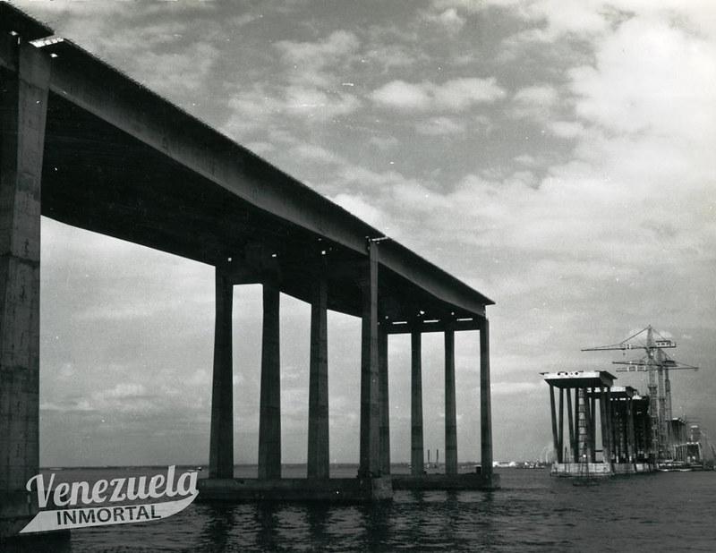 construccion puente sobre el lago4