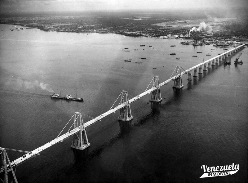 puente sobre el lago 60s