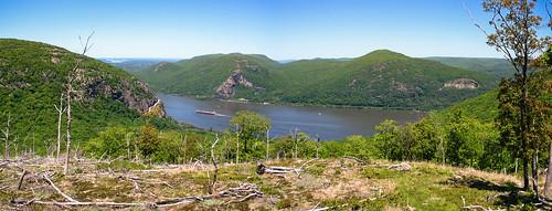 people panorama walking hiking pano country upstate newyorkstate jt breakneckridge hudsonhighlands