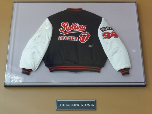 10/03/14 Hard Rock Cafe @ Mall of America, Bloomington, MN  (Rolling Stones Tour Jacket)