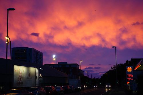 clouds sunrise streetlights portsmouth southsea rx100