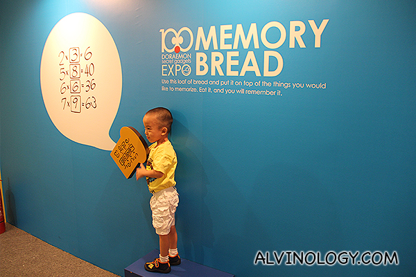 Pose with memory bread