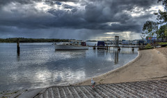 Life on the Noosa river