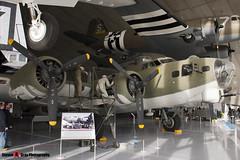 42-31983 - 32376 - IWM Imperial War Museum - Boeing B-17G Flying Fortress - 061112 - Duxford - Steven Gray - CRW_0171