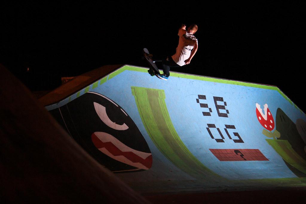 David Mclaren vert wall perth skatepark