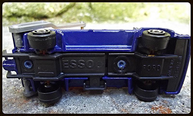 N°297 Ford Multi-bennes    15376045118_250227afb9_c