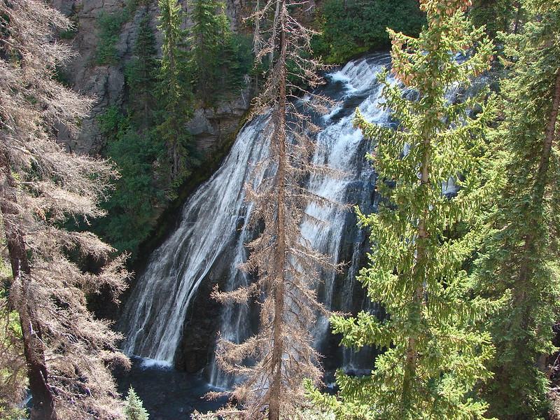 Howlaak Falls