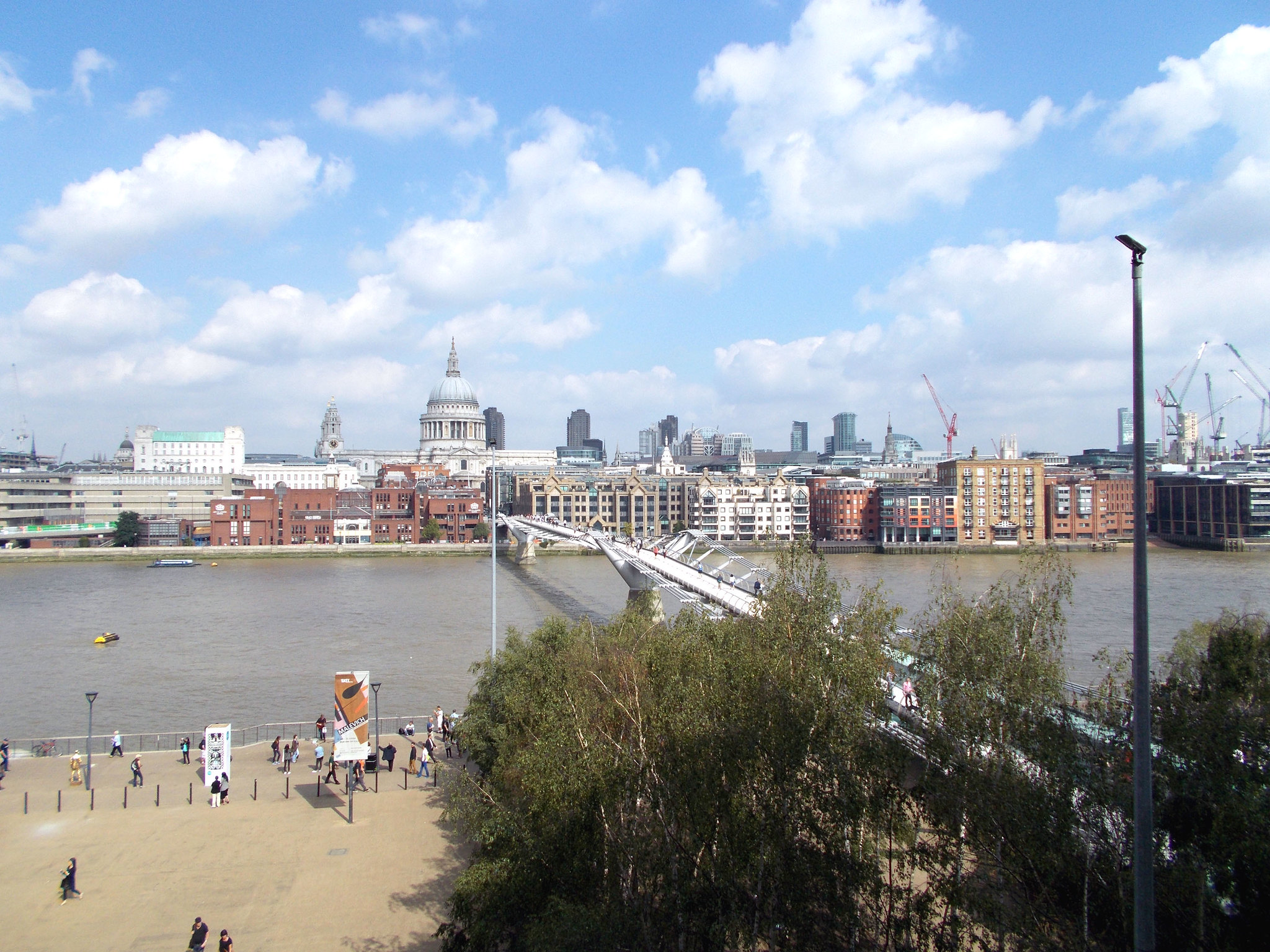 LONDON 1283