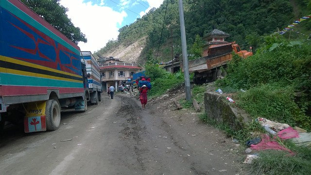Arniko Highway landslide, truckx waiting