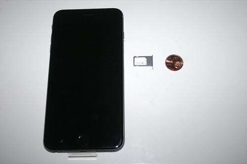 07 - iPhone 6 Plus - Sim Karte einlegen / Insert sim card