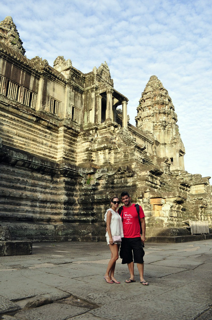 Interior del Templo de Angkor Wat (Camboya) visitar los templos de angkor en un día - 15450354222 280e9d2f55 b - Visitar los templos de Angkor en un día