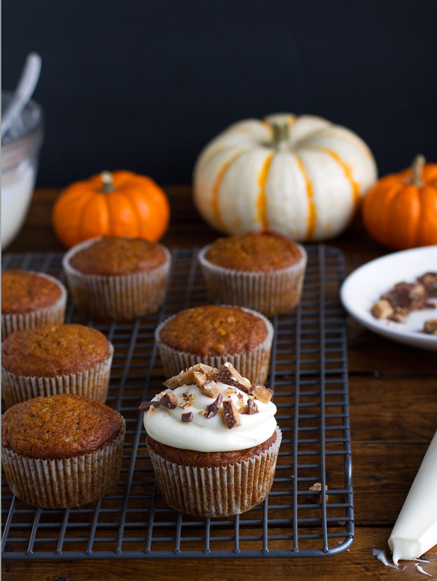 Super Moist Pumpkin Cupcakes with Maple Cream Cheese Frosting and Chopped toffee! #pumpkincupcakes #cupcakes #maplecreamcheesefrosting   Littlespicejar.com