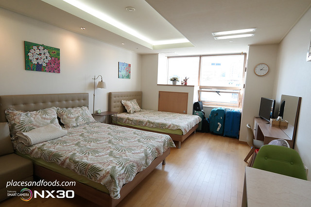 airbnb insadong room view